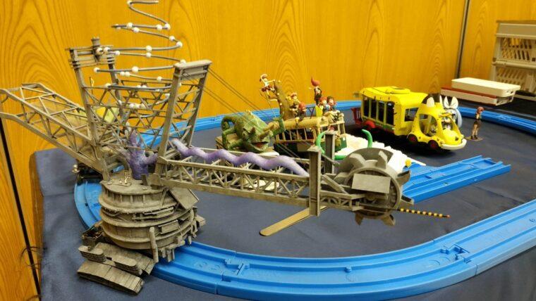 模型展示会に展示された「ケムリクサ」のバケットホイールエクスカベーター